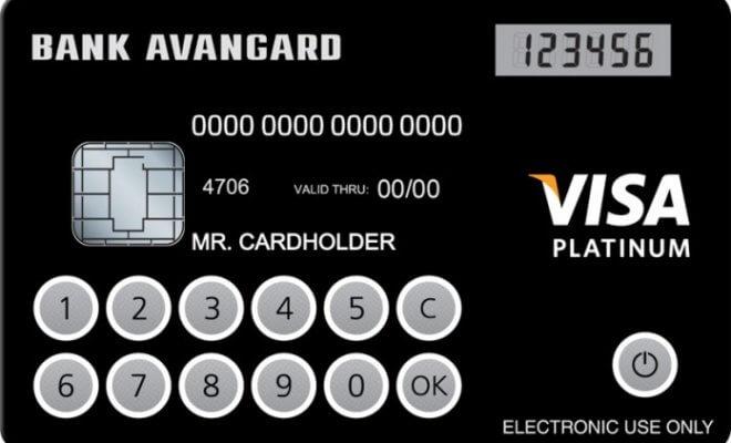 Первая в мире кредитная карта с дисплеем
