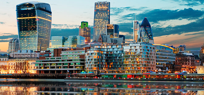 Лучшие города для жизни банковских работников