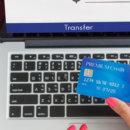 Новый сервис от Укрпочты – перевод денег «С карты на дом»