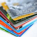 Как украинцы оплачивали покупки картами в 2017 году