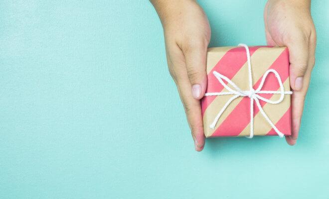 10 идей бюджетных подарков на день рождения, когда денег нет