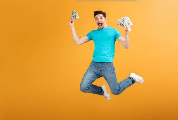 Як заробити гроші студенту влітку