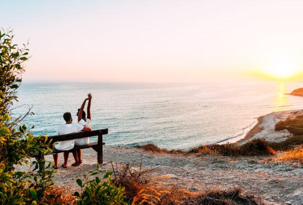 Бюджетный отдых у моря осенью